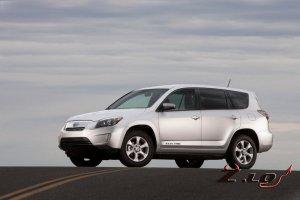Электрический Toyota RAV4 будет стоить вдвое дороже бензинового