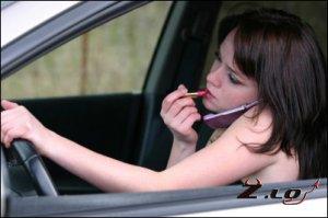 Водителей будут строже наказывать за телефонные разговоры за рулем и мелкие ...