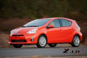 Lexus выпустит свой вариант Toyota Prius