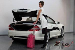 Женские машины: какими качествами должен обладать новый седан для дамы?