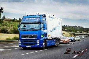 Volvo показала, что автомобиль может ездить без водителя