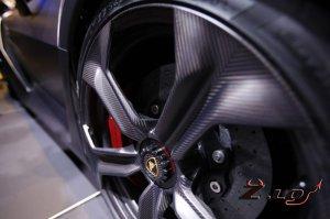 Австралийская компания разработала автомобильные диски из карбона