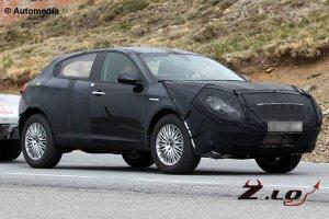 Alfa Romeo испытывает модель CXover