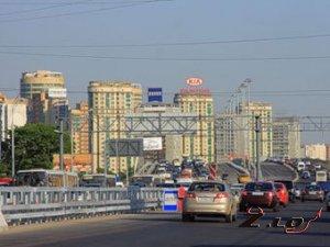 Пьяный водитель на своей машине устроил аварию на Ленинградке.