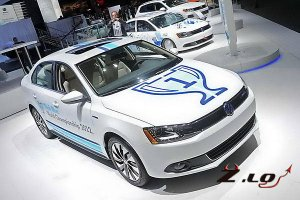 VW представил в Лос-Анджелесе гибрид Jetta и кабриолет Beetle