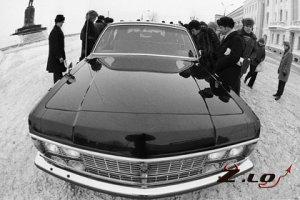 ГАЗ предлагает главе государства лимузин