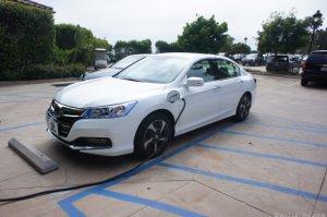 Honda Accord Hybrid не получит зарядку своих аккумуляторов от домашней сети