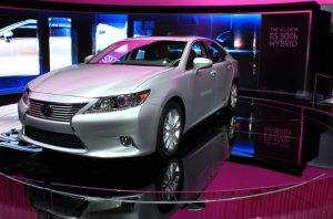 Lexus IS 300h нового поколения будет дешевле предшественника