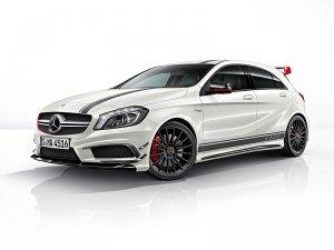Наконец-то назвали российскую цену автомобиля Mercedes-Benz A45 AMG