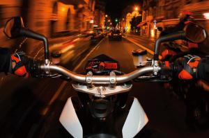 Новая услуга - скоростное такси на мотоцикле