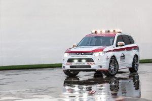 Mitsubishi Outlander был автомобилем безопасности на гонках Pikes Peak-2013