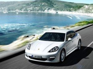 Дизельная модификация Porsche Panamera стала несколько мощнее