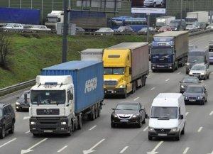 С больших грузовиков возьмут за ремонт дорог