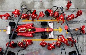 Гонщики Формулы-1 отказались от двух обязательных остановок