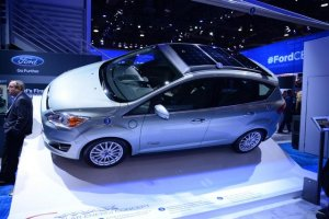 Представлен автомобиль Ford C-Max Solar Energi