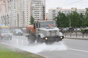 Современные поливомоечные машины – многофункциональная городская спецтехник ...