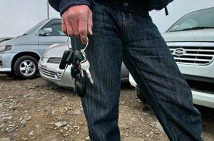 Подержанные автомобили в России покупают в два раза чаще, чем новые