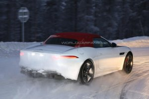 Тестирование Jaguar F-Type в зимних условиях