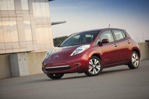 Nissan Leaf – самый продаваемый электромобиль