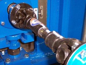 В каких случаях нужен ремонт или замена крестовины кардана?