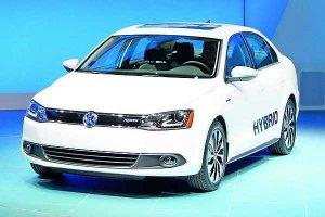 Среди автомобилей Volkswagen появится гибридный Гольф
