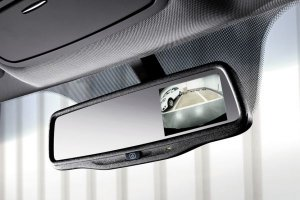 Уникальное зеркало заднего вида будет устанавливаться в автомобилях Nissan  ...