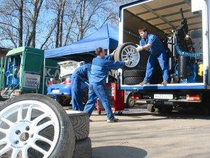 Круглосуточная помощь на дороге - мобильный шиномонтаж в Москве