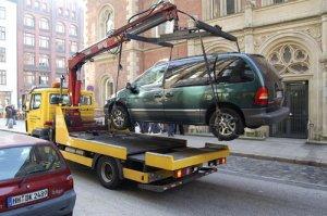 Что надо знать про эвакуацию автомобиля