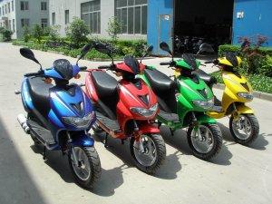 Скутеры и мотоциклы – транспорт, который сможет вас приятно удивить
