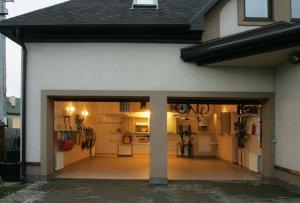 Как построить гараж своими руками?