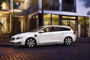 Новый гибридный универсал Volvo V60 Plug-in Hybrid