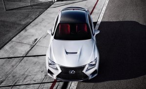 Lexus RC F получил рублевую стоимость