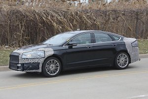 Ford тестирует обновленный вариант Mondeo
