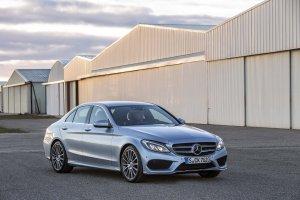 Компания Mercedes-Benz отзывает автомобили С300 и С400
