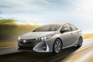 Представлена новая версия гибрида Toyota Prius
