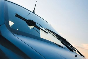Что надо знать при выборе бескаркасных стеклоочистителей на свой автомобиль