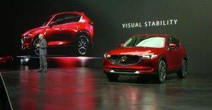 Компания Mazda представила в Лос-Анджелесе обновленный кроссовер CX-5