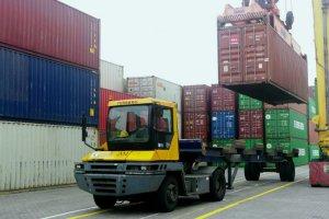 Особенности услуги перевозки грузов от двери к двери
