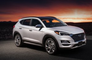 Автомобиль Hyundai Tucson получит новый двигатель