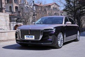 Китайские автомобилестроители назвали стоимость своего нового седана Hongqi ...